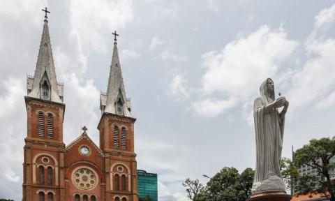 Nhà thờ Đức Bà, đặc trưng kiến trúc Pháp giữa lòng Sài Gòn