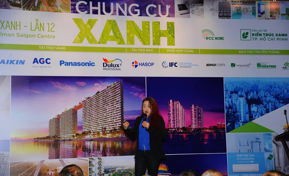 Bà Pamela Phua trong bài trình bày của mình