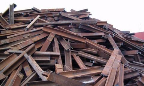 Mỗi ngày Việt Nam nhập hơn 11.000 tấn sắt thép phế liệu