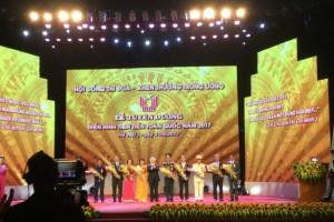 ThS. KTS Hoàng Thúc Hào – Giảng viên Trường Đại học Xây dựng được vinh danh tại Lễ tuyên dương điển hình tiên tiến toàn quốc năm 2017