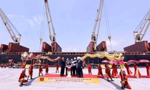 Tập đoàn Hoa Sen xuất khẩu lô hàng 12.000 tấn tôn thành phẩm đến châu Âu