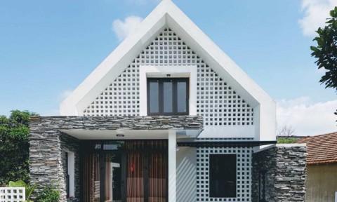 Căn nhà dáng chữ A độc đáo ở Quảng Bình