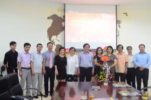 Lãnh đạo Viện Kiến trúc Quốc gia chúc mừng Tạp chí Kiến trúc Việt Nam nhân 92 năm ngày Báo chí Cách mạng Việt Nam