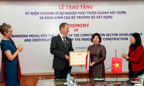 Kéo dài thời gian giữ chức đối với Thứ trưởng Phan Thị Mỹ Linh