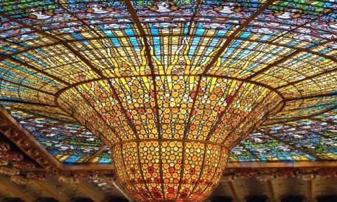 Những kiến trúc kính màu đẹp nhất thế giới