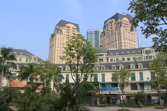 Nhà phố và tháp chung cư cao tầng sử dụng mái giả Mansard tại KĐTM Mỹ Đình Sông Đà (Hà Nội)
