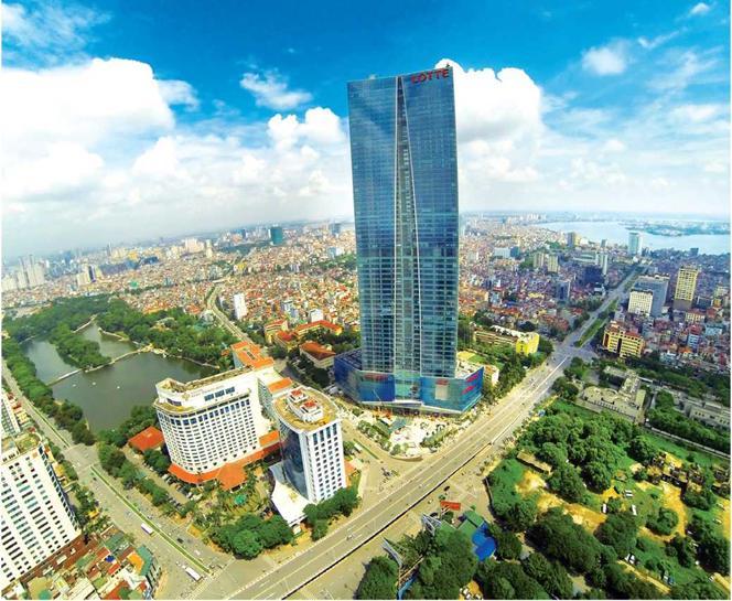 Công trình cao tầng với các vách kính lớn làm gia tăng ảnh hưởng của bức xạ nhiệt đô thị trước tác động của BĐKH
