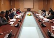 Thứ trưởng Phan Thị Mỹ Linh làm việc với Giám đốc Quốc gia Ngân hàng Phát triển Châu Á