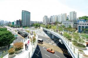 Xây dựng hạ tầng khung đáp ứng yêu cầu phát triển đô thị vệ tinh Hà Nội