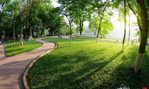 Mặt nước và cỏ cây – Sắc hồn đô thị