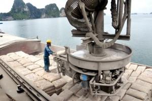 Giá xi măng nhích nhẹ, xuất khẩu kỳ vọng tăng