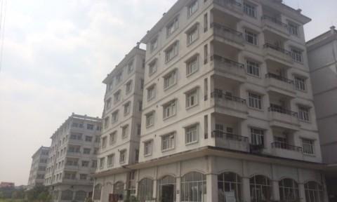 Nhà tái định cư: Lãng phí hàng chục nghìn căn hộ, bỏ hoang rồi xin phá bỏ