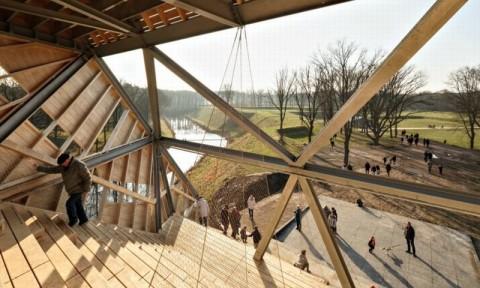 Xây dựng tháp quan sát bằng gỗ cao 30m ở pháo đài cổ của Hà Lan
