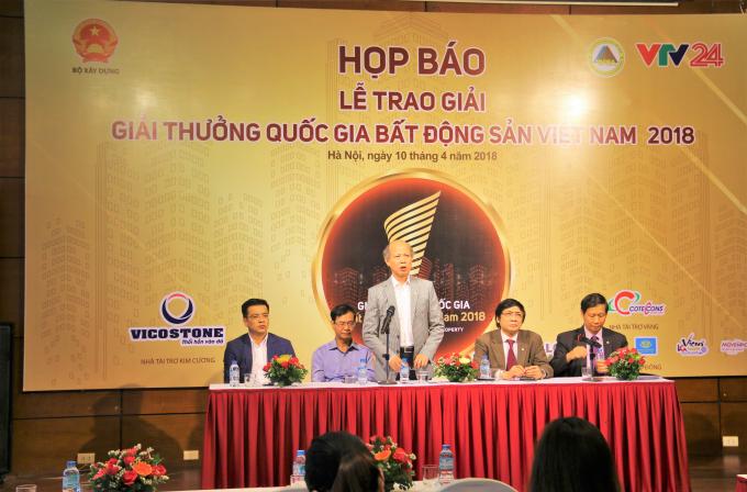 Họp báo về Lễ trao tặng Giải thưởng Quốc gia Bất động sản Việt Nam 2018