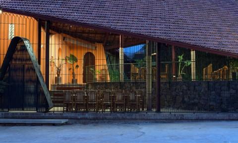 Ao Mây, nhà hàng phong cách dân gian giữa vùng cao