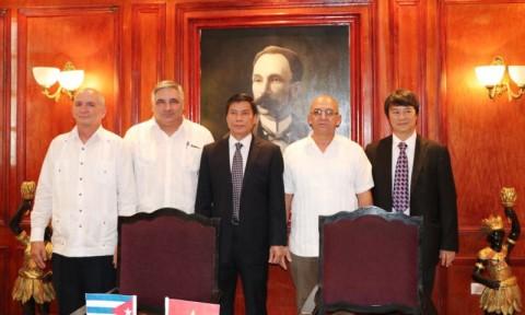 Viglacera ra mắt liên doanh Sanvig sản xuất vật liệu xây dựng tại Cuba