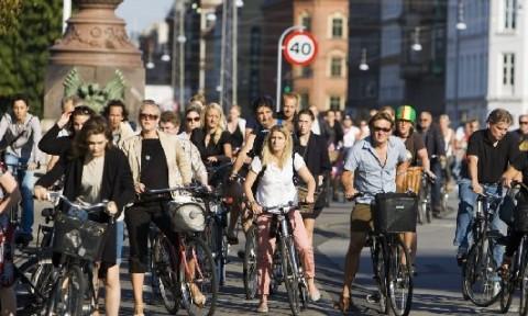 Đã đến lúc quy hoạch đô thị cho người đi bộ cần được quan tâm