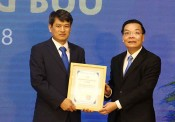 Nhà khoa học Việt tìm cách tạo nhiên liệu sạch thay xăng dầu