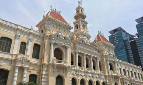 TP.HCM: Cần trung tâm hành chính hay cải cách hành chính?