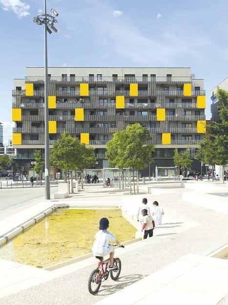 Chung cư  mới cải tạo từ khu chung cư cũ tại ngoại ô  TP Paris (CH Pháp)