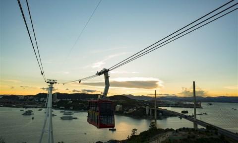 Làm cáp treo vượt sông Hồng: Đề xuất thiếu khả thi