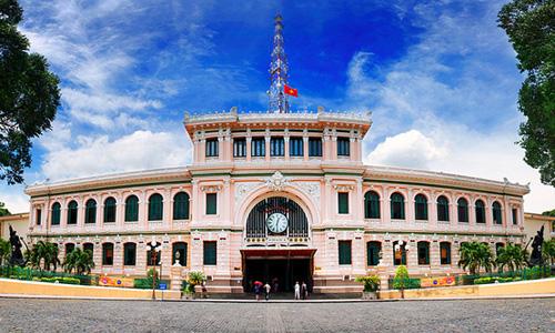 Công trình Bưu điện trung tâm thành phố - một  trong những di sản đô thị  tiêu biểu của TPHCM