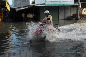 Đình trệ dự án chống ngập ở TP Hồ Chí Minh: Lỗi do ai?