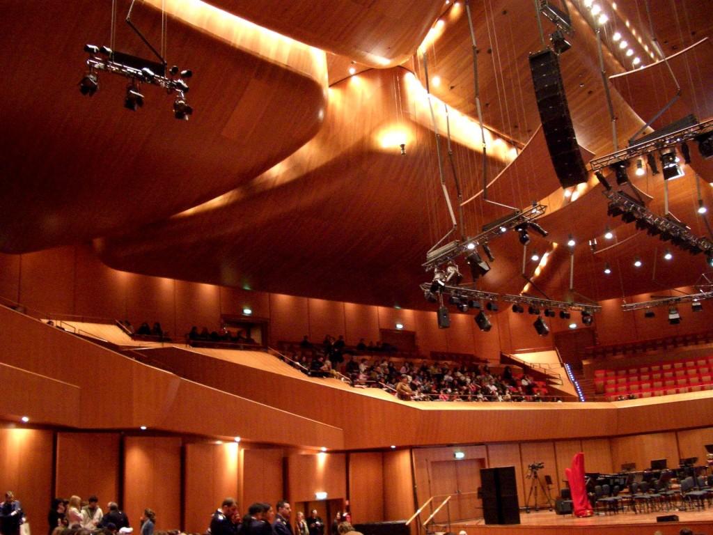 Nội thất bên trong Auditorium Parco della Musica.