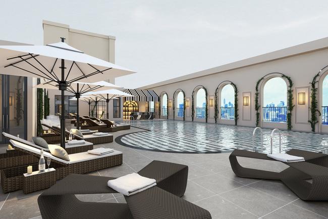 Bể bơi ngoài trời trên tầng thượng có tầm nhìn bao quát toàn cảnh Hà Nội.