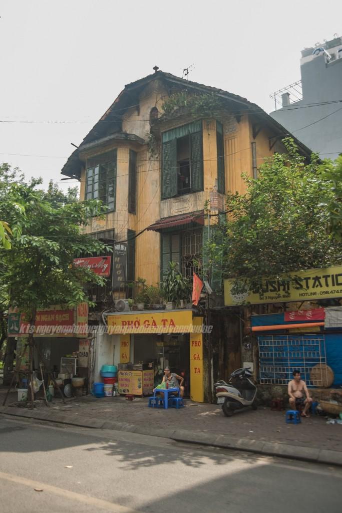 Nhà ở kiến trúc Đông Dương khu phố cũ Hà Nội