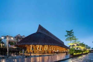 Nhà hàng tre tại Quảng Bình