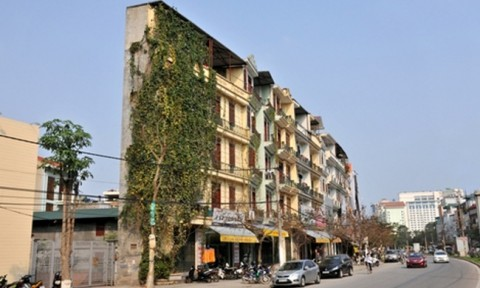 """Hà Nội vẫn còn 120 nhà """"siêu mỏng, siêu méo"""""""