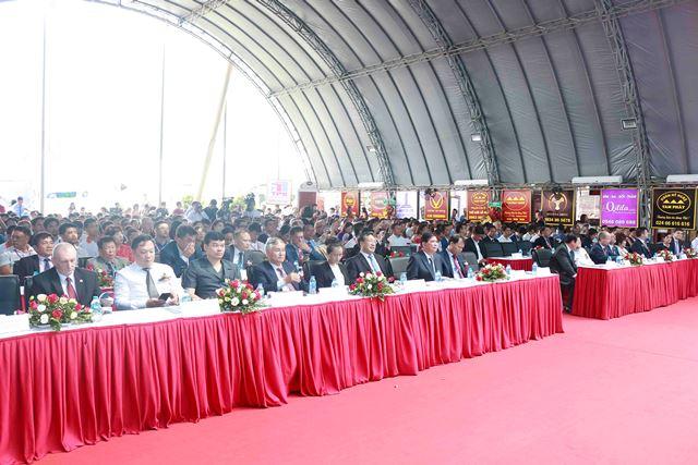 Đông đảo khách mời trong nước và quốc tế tham dự khai mạc Triển lãm