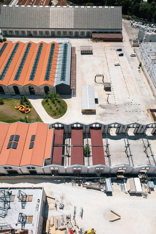 Công trình bao gồm 6 tòa nhà công nghiệp