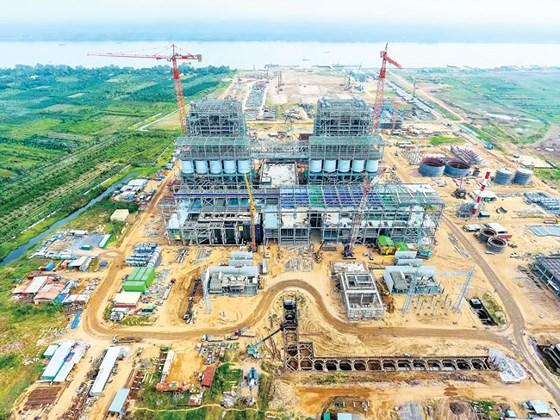 Nhà máy Nhiệt điện Sông Hậu 1 phải áp dụng song song 2 bộ định mức và định giá của Bộ Xây dựng và Bộ Công Thương.
