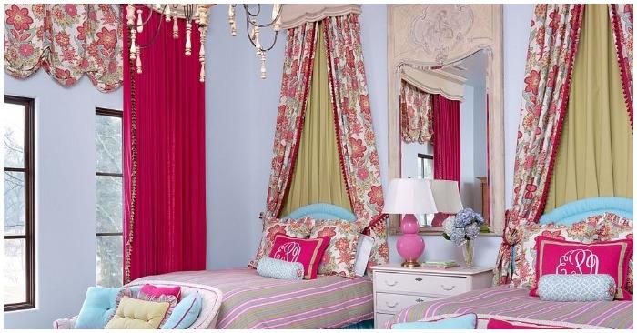 Căn phòng ngủ với nột thất theo tông hồng và xanh dương khiến không gian rạng rỡ, tươi tắn. (Ảnh: Internet)