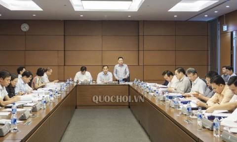 Thẩm tra dự án Luật sửa đổi, bổ sung các luật có quy định liên quan đến quy hoạch