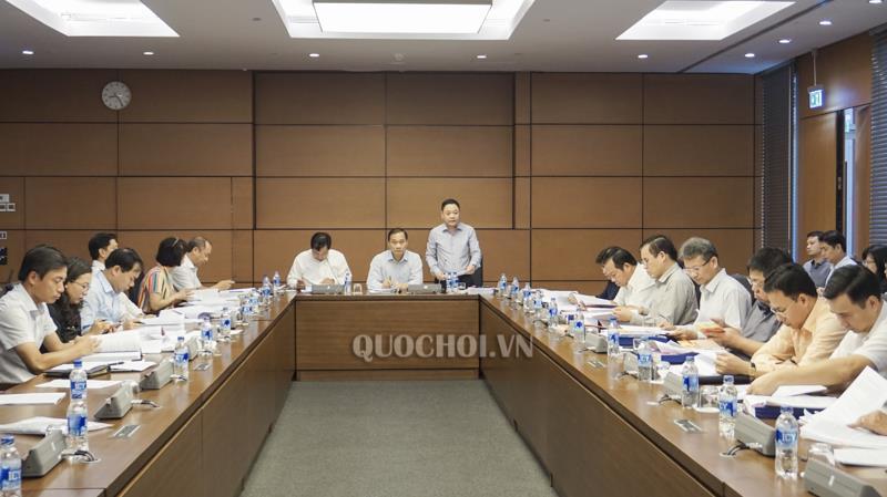 Thường trực Ủy ban Kinh tế họp thẩm tra dự án Luật sửa đổi, bổ sung các luật có quy định liên quan đến quy hoạch