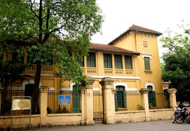 Trên địa bàn TP Hà Nội hiện có 141 biệt thự đưa ra khỏi danh mục biệt thự, trong đó có 41 biệt thự cần kiểm tra, rà soát.