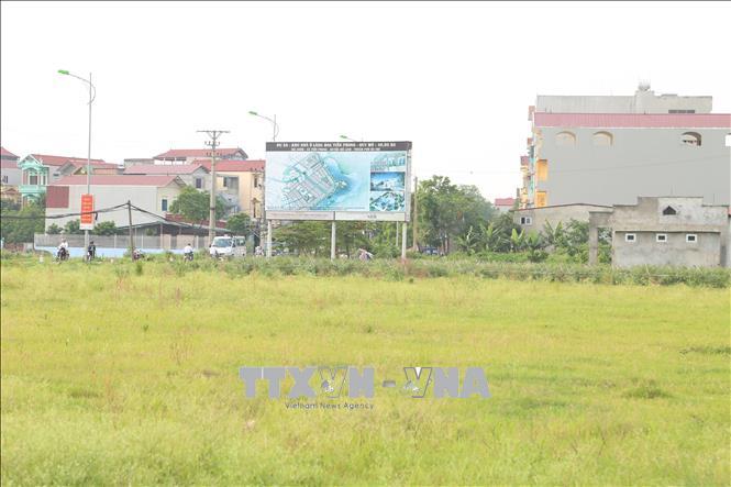 """TP Hà Nội đang nỗ lực """"vạch lá tìm sâu"""" vi phạm Luật Đất đai, nhằm sớm trả lại nguồn lực cho tăng trưởng. Ảnh: Nguyễn Thắng/TTXVN"""