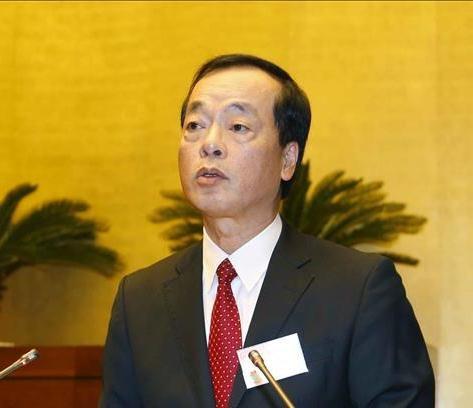 Bộ trưởng Bộ Xây dựng Phạm Hồng Hà, thừa ủy quyền của Thủ tướng Chính phủ trình bày Tờ trình về dự án Luật Kiến trúc. (Ảnh: TTXVN)