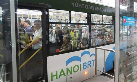 Chủ tịch Hà Nội: 'Chuyên gia đánh giá xe buýt nhanh ở Hà Nội hiệu quả'