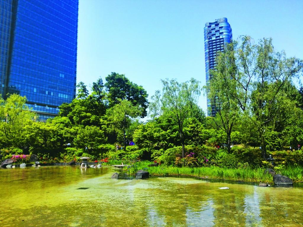 Tổ hợp cao tầng Midtown (Tokyo, Nhật Bản) quy mô 10ha đã đóng góp 4ha không gian công viên công cộng cho cộng đồng