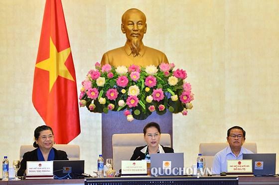 Chủ tịch Quốc hội Nguyễn Thị Kim Ngân phát biểu tại phiên họp thứ 28 của UBTVQH. Ảnh: QUOCHOI.VN