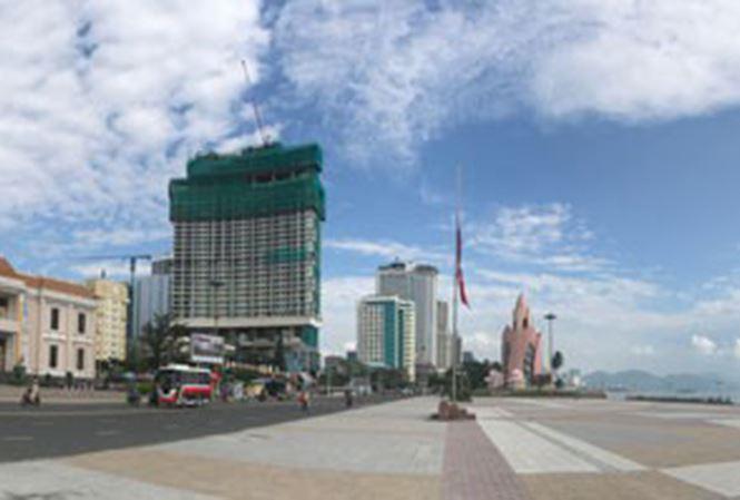 Các dự án condotel đang xây dựng rầm rộ ở TP Nha Trang, tỉnh Khánh Hòa
