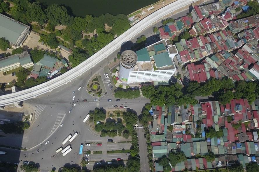 Mỗi mét dài tuyến đường Hoàng Cầu - Voi Phục có tổng chi phí là hơn 3,1 tỉ đồng