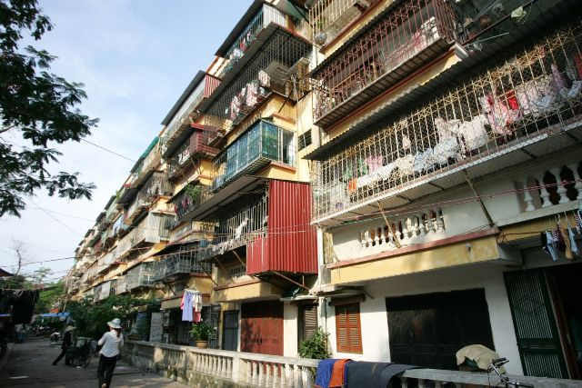 Hà Nội hiện có 1.579 nhà chung cư cũ được xây dựng từ năm 1960 (Nguồn: Internet)