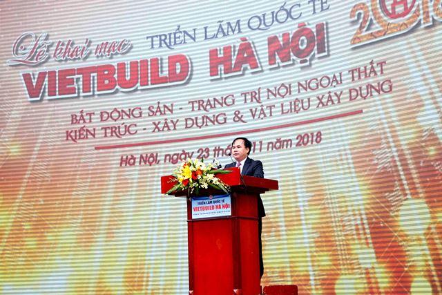 Thứ trưởng Nguyễn Văn Sinh phát biểu tại Triển lãm