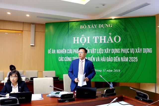 Chủ nhiệm Đề án Lương Văn Hùng báo cáo tại Hội thảo