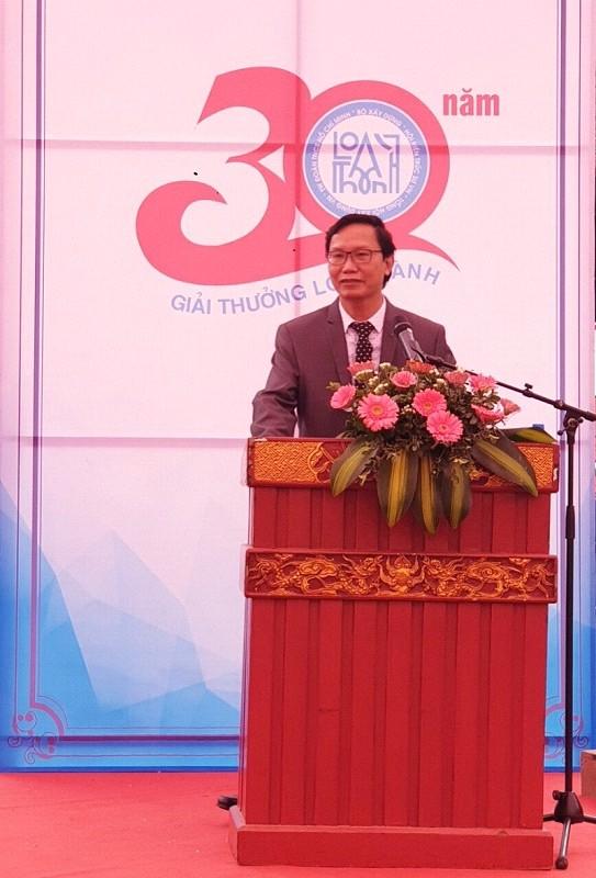 Thứ trưởng Bộ Xây dựng Nguyễn Đình Toàn phát biểu tại Giải thưởng Loa Thành 2018